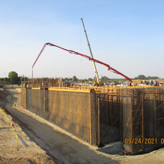 The first wall pour at the Backwash Equalization Basin was recently completed.