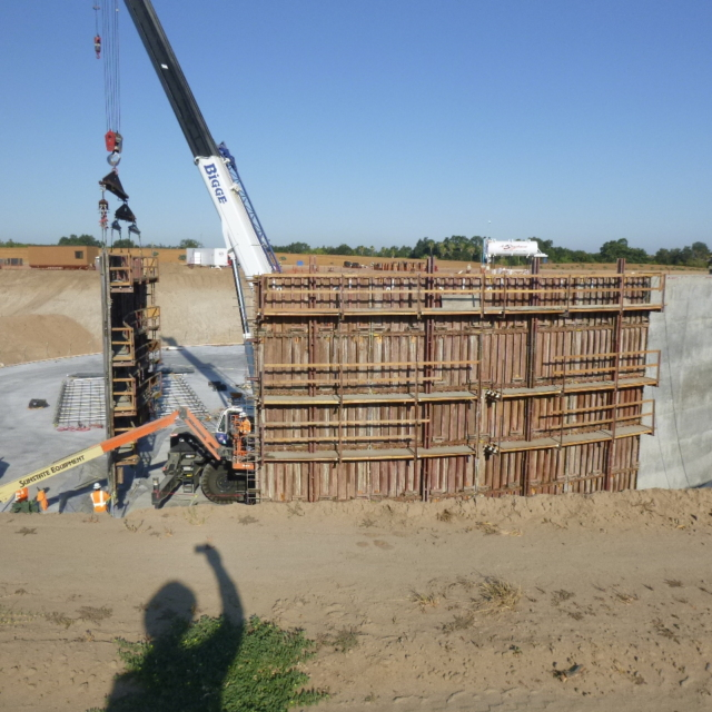 Concrete walls being installed in the Water Storage Tank