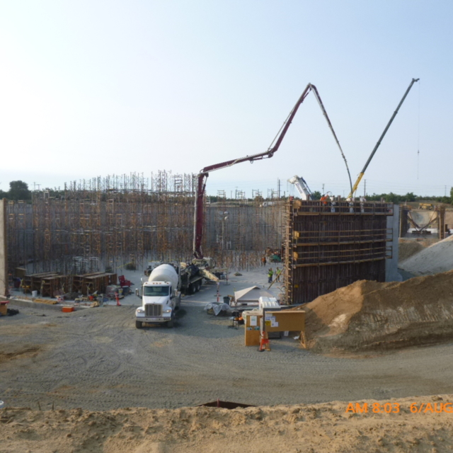 The Contractor continues to erect shoring for the concrete water storage tank roof.